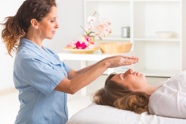 how to start a reiki treatment advice